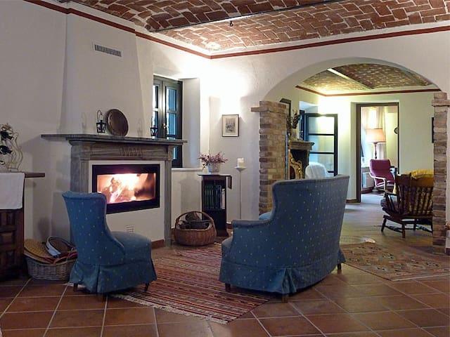 Cozy cottage Monferrato countryside - San Paolo Solbrito - Bed & Breakfast