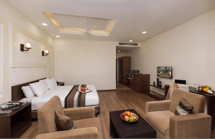Village Shiny Room