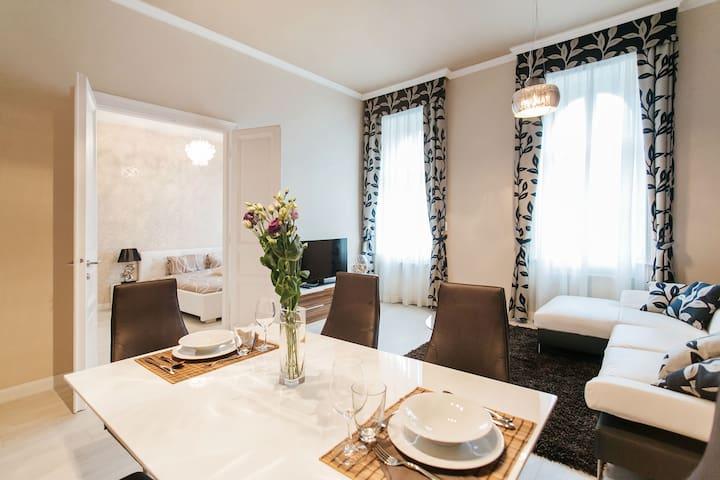 Parliament Luxury Apartment - Budapest - Apartment