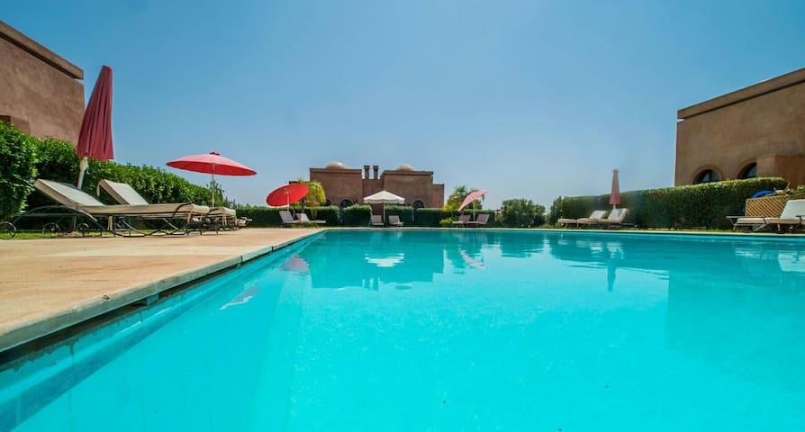 Villa pas loin marrakech 20 min - Douar Zemrane