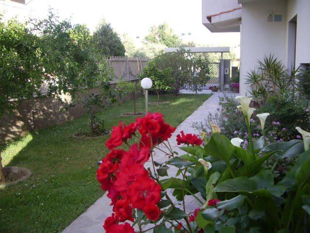 Una casa tra il mare e la montagna - Montepaone Lido - Huoneisto