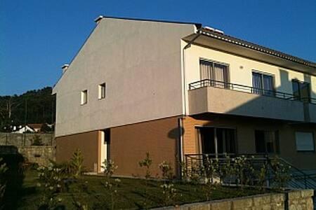 Beautiful spacious family home - Antas - 단독주택