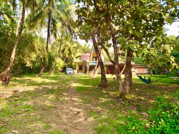 Seashore stay by Bhagyabhushan cottages