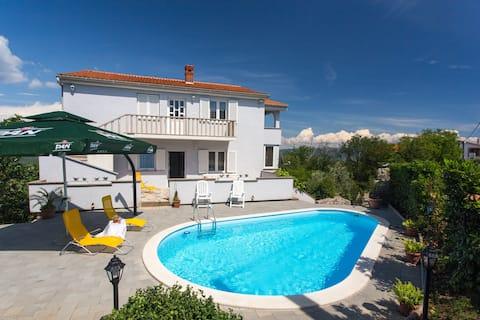 Apartment Finka 1**** with pool