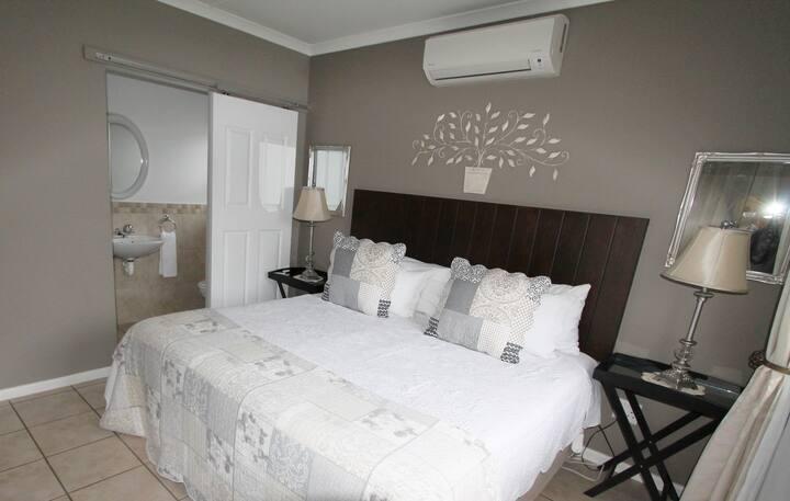 Eldorado 2 bedroom unit
