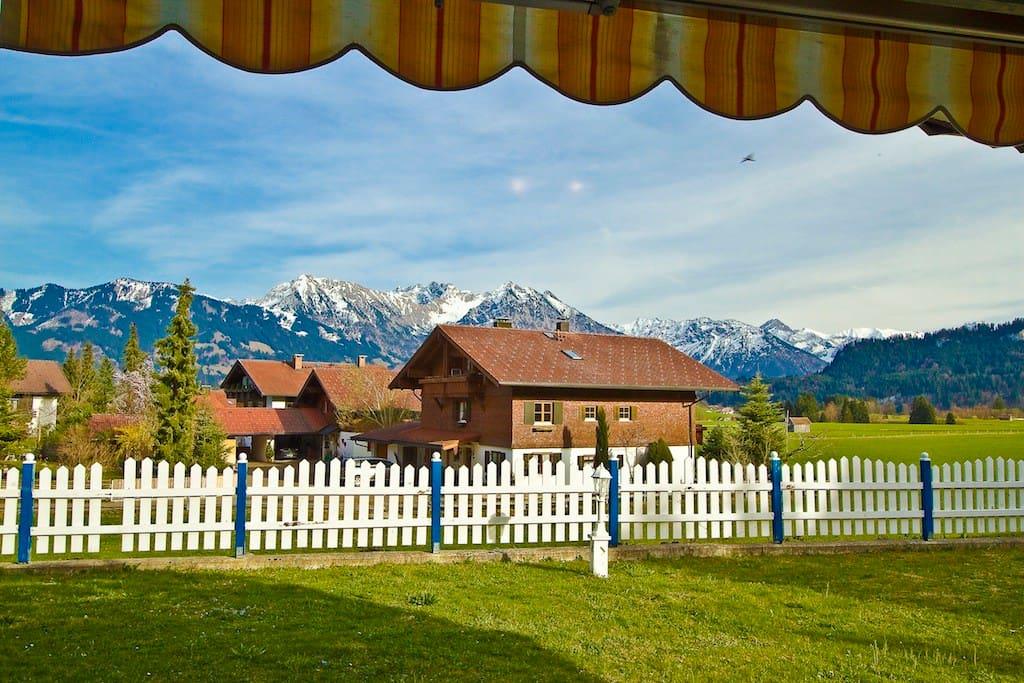 Apartment 5 mit Blick auf die Berge