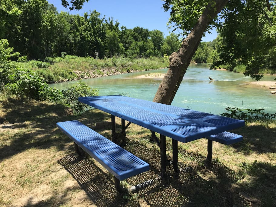 Private water access spot with picnic table