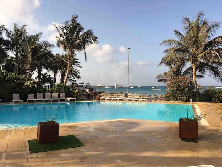 Apartment Porto Antigo 2,swimming pool front beach