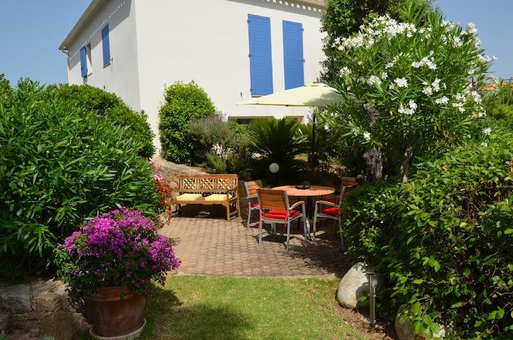 Porticcio / Charmant Studio avec piscine et jardin