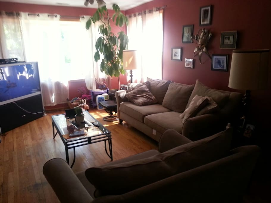 Single room share houses for rent in chicago illinois for Rooms 4 kids chicago