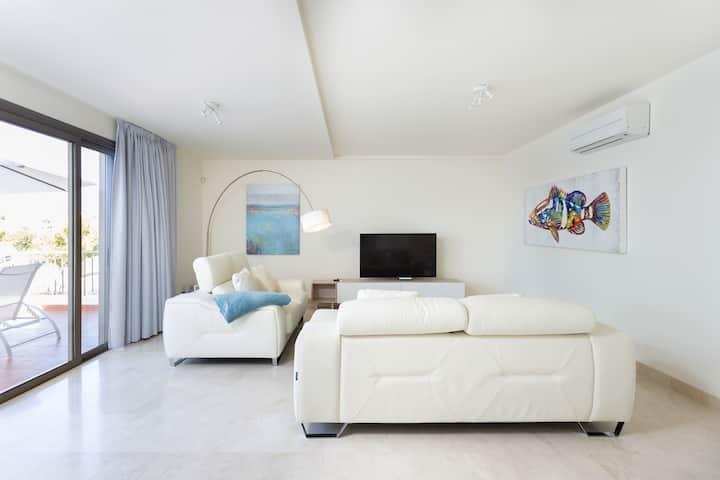 Stylish & Luxurious Duplex, Magnolia Golf Resort