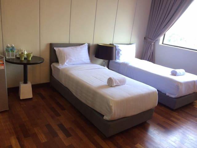 VI Boutique Hotel Pasir Penambang
