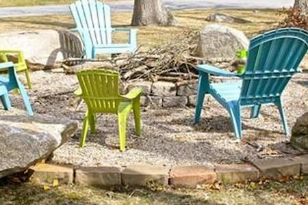 Enjoy days at the beach and nights by the fire - Fairhaven