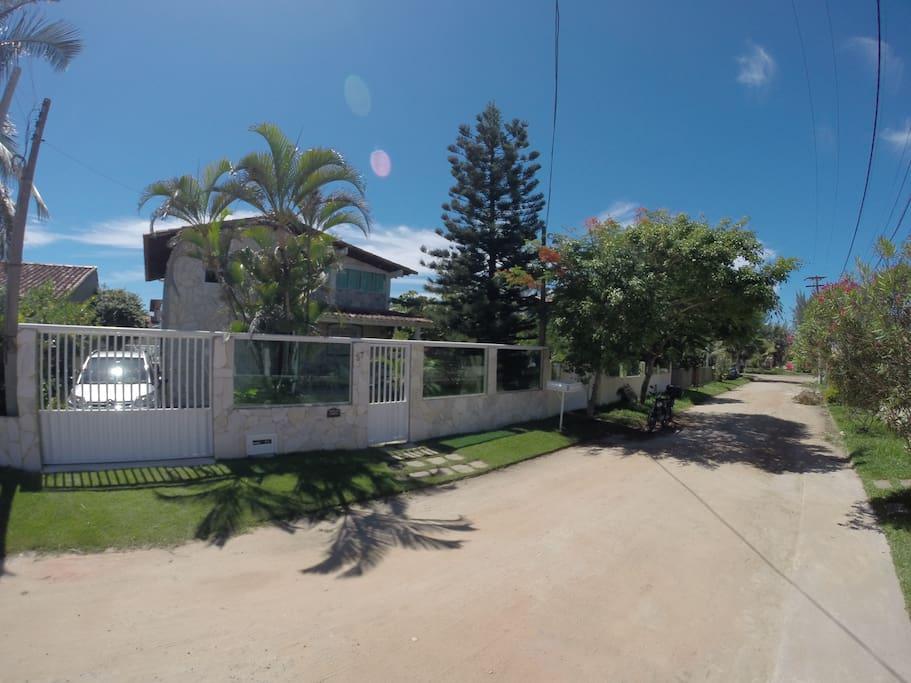 Vista da rua, frente da casa