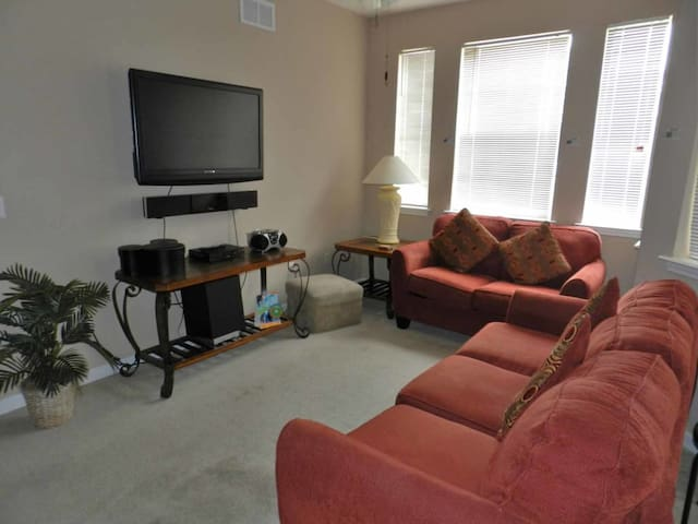 This is a Condo property, fully furnished, with a full kitchen, and has all linens and towels, located at Terrace Ridge Community. - DAVENPORT