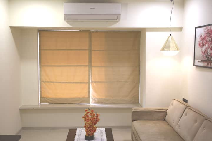 Self Check-in 1 Bed Apartment near Airport