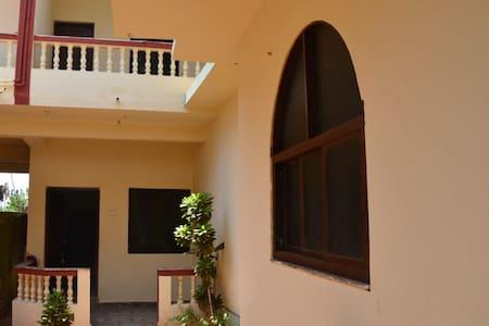 Дом с 3-мя спальнями у пляжа Ашвем - Dům