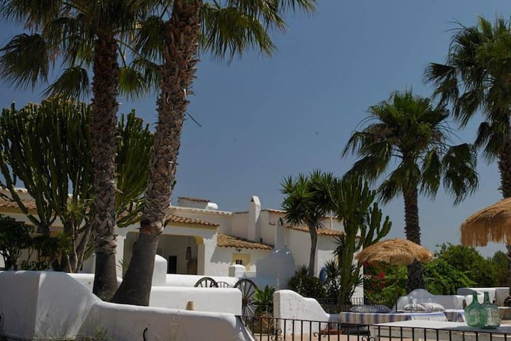 CAN ALILA, Ibiza, Jesus