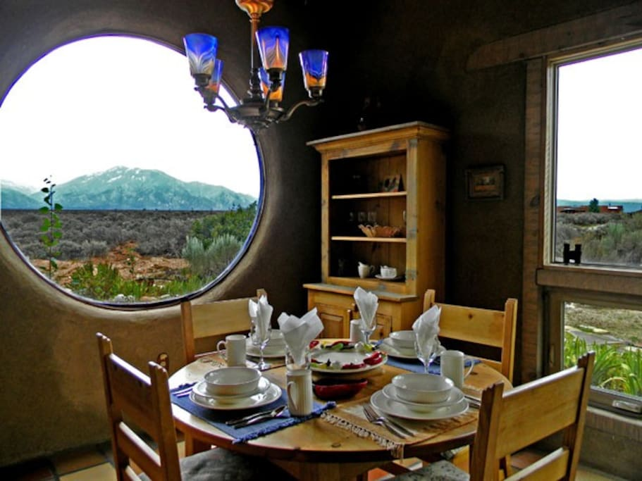 Dining with panoramic mountain and mesa wild sage views