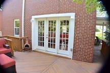 Cozy Colonial Home in Oakley