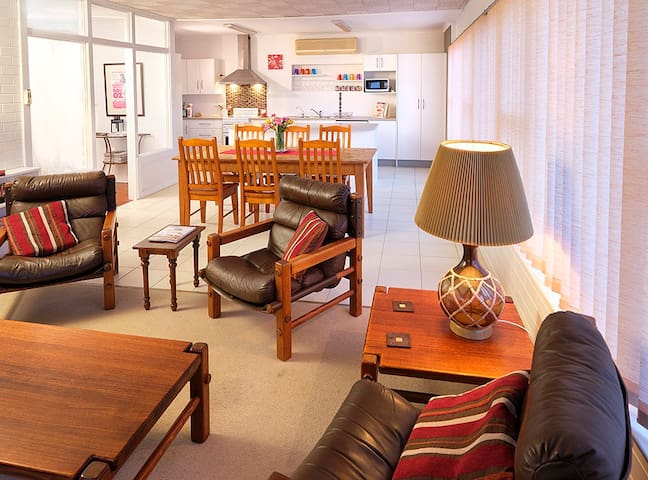 Spacious tv lounge, dining and kitchen area