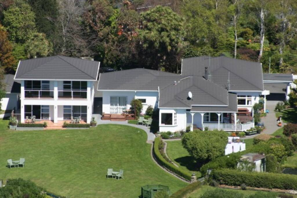 Aerial shot of Bendamere House!