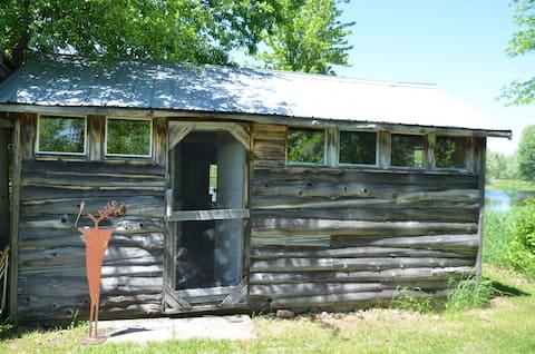 Rustic Off Grid Cabin