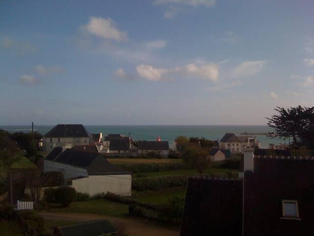 maison vue mer  baie d ' Audierne   - Audierne - House