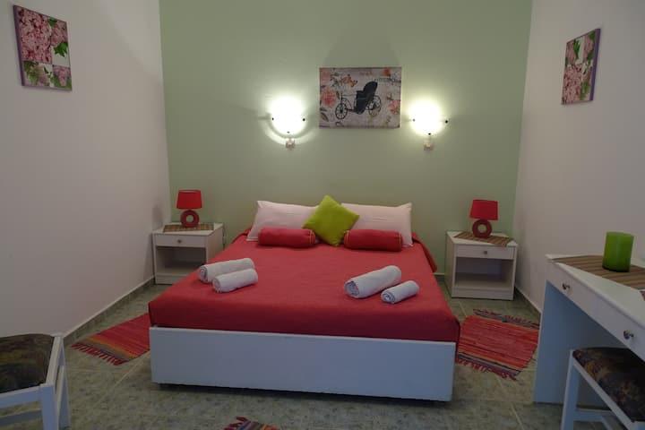 Green Garden room 15