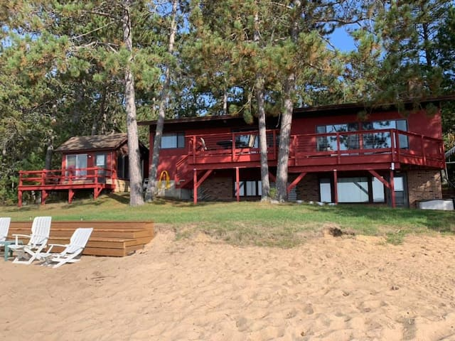 Lake house on the Gold Coast of Northern MN