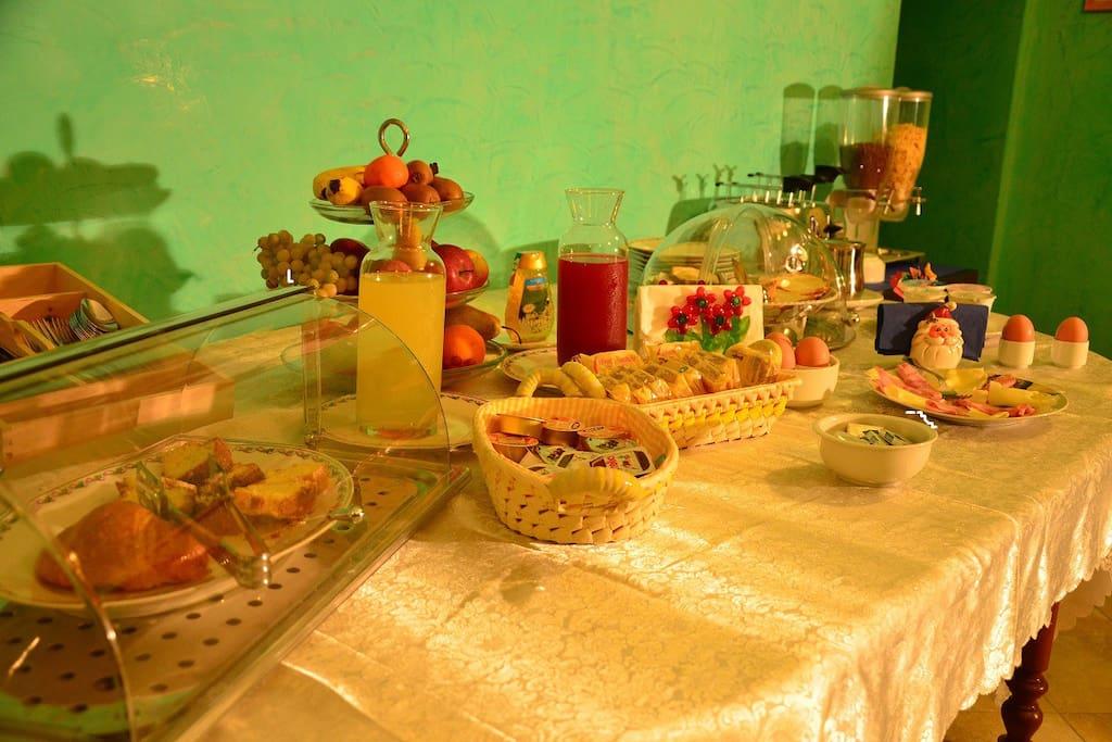Tavolo della colazione a Buffet!