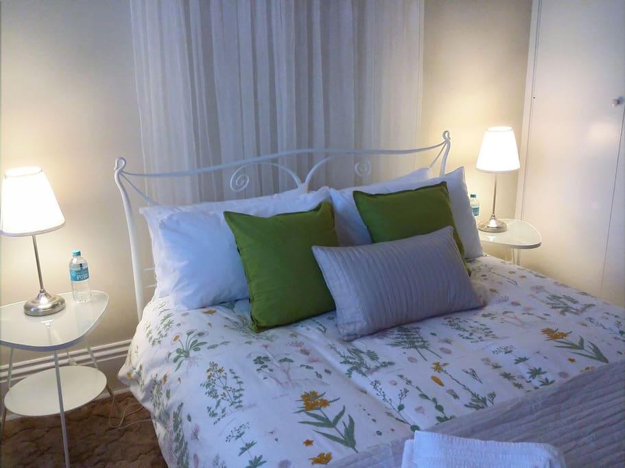 Queen Bedroom 2: The Wharton