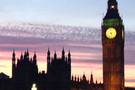 LUXURIOUS MOMENTS FROM THE BIG BEN