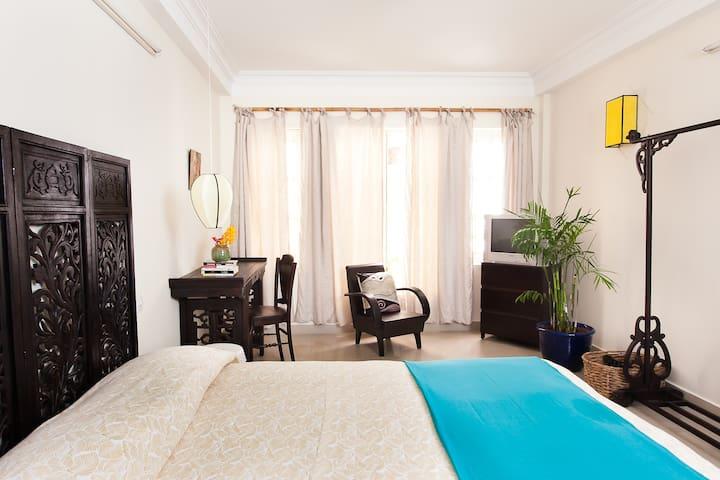 Centre Dist 1-Hidden charms Room#1 - VN - Casa