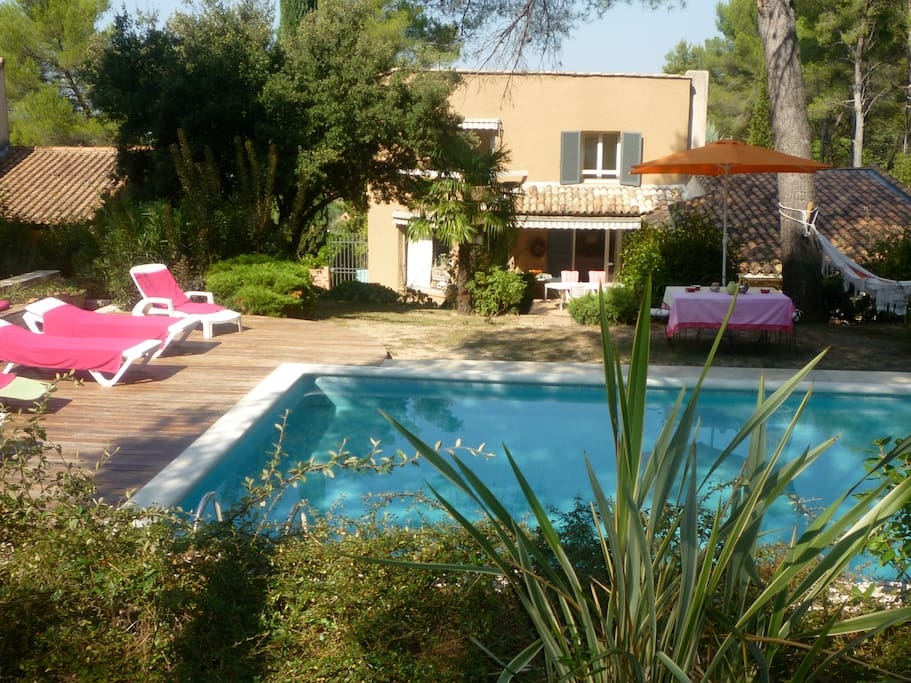 Maison individuelle piscine calme houses for rent in for Piscine 5x10