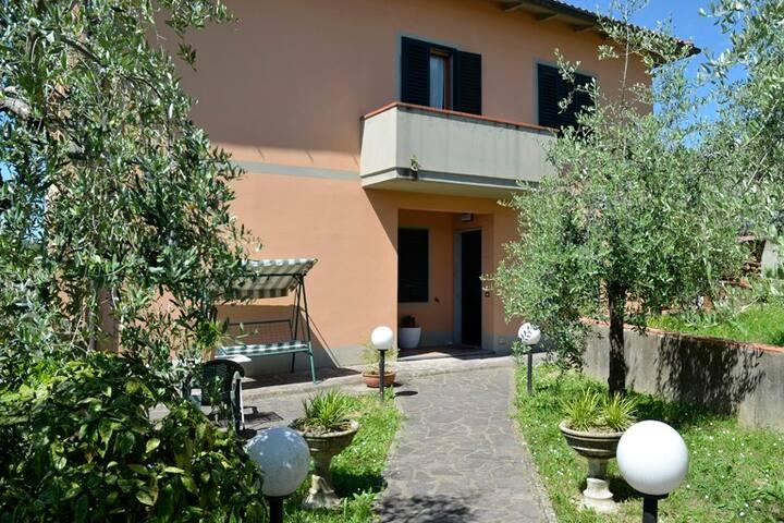Pistoia capitale cultura (URL HIDDEN) con giardino - Stazione Masotti - Apartament