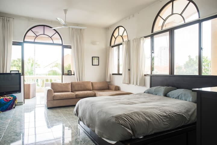 1BR Master Suite in Private Villa - VN - Villa