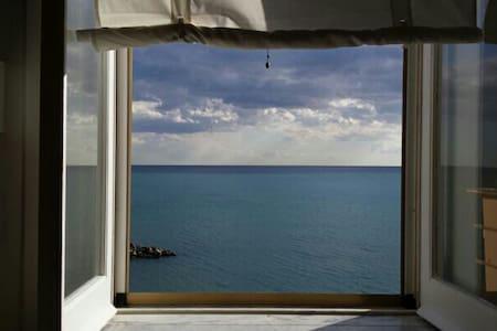 La Casetta sul mare - Салерно