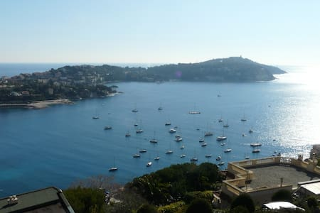 Spacious 2 Bedroom B&B with a View - Villefranche-sur-Mer