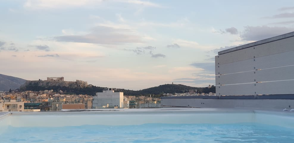 Private Rooftop Heated Pool with Acropolis View