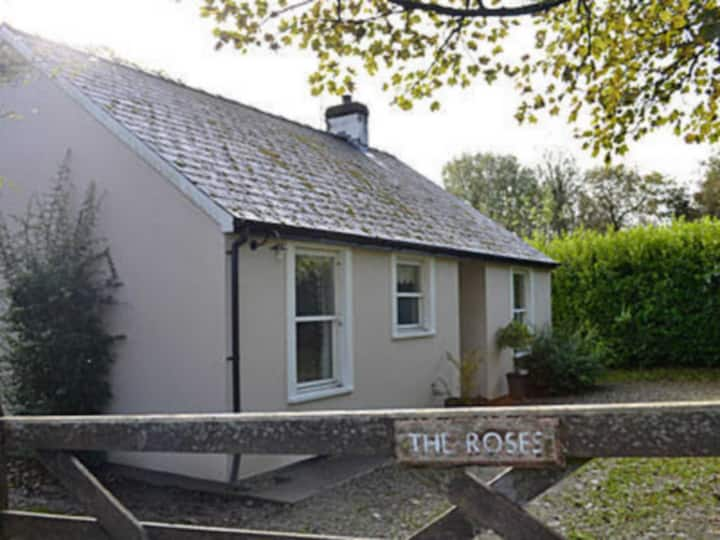 The Roses Cottage - W42499 (W42499)