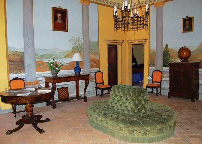 Salotto I piano - affreschi