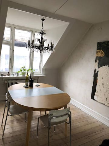 Room in cosy apartment in Nørrebro