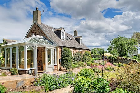 Charming country cottage nr the sea - Scottish Borders - Casa