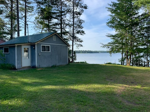 West Thunder Lake Cabin on Beautiful Thunder Lake.