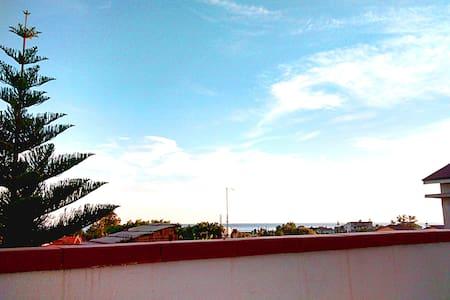 Accogliente trilocale con terrazza  - Melito di Porto Salvo - Wohnung