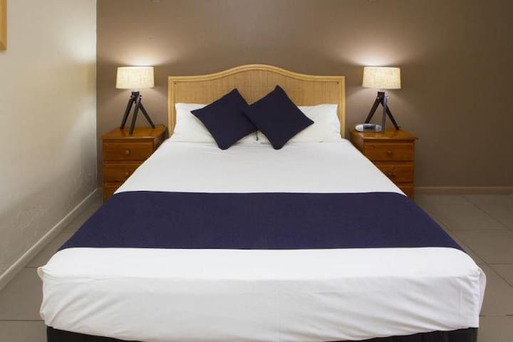Compact Double Executive Double Bed At Lismore