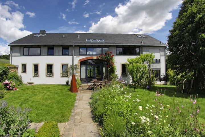 Ferienwohnung Antonie im Lindenhof - Müglitztal - Σπίτι