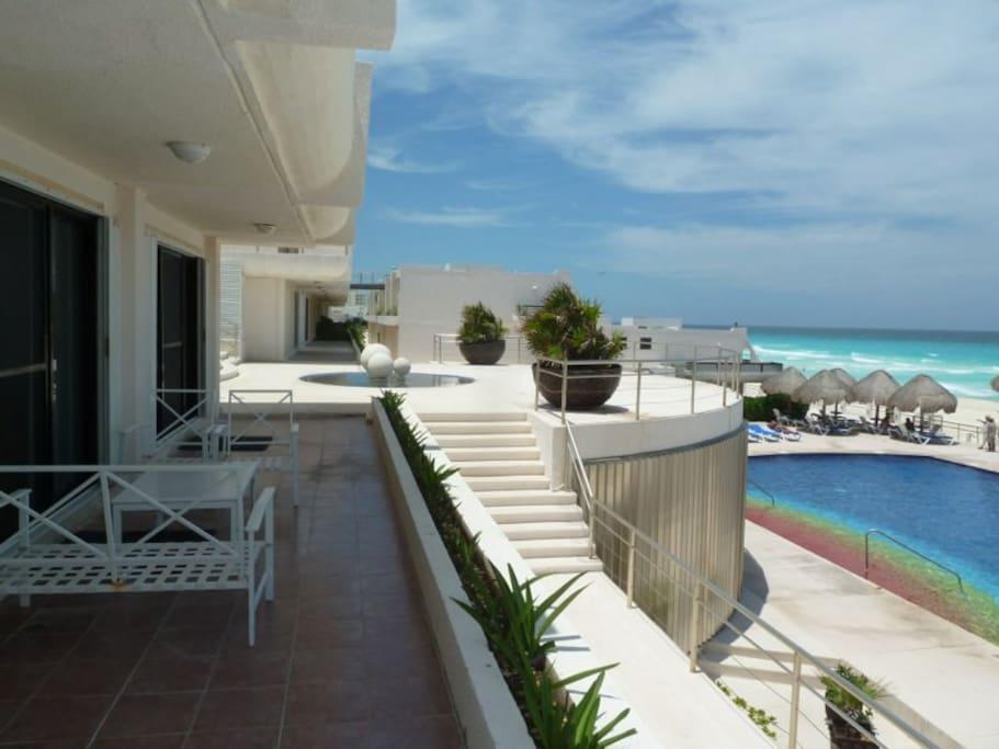 Villas marlin 3 bed 2 5 condo villas for rent in canc n for Villas marlin cancun