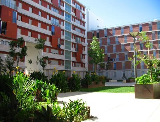 Luxury Lisbon Apartment. Air conditioning.